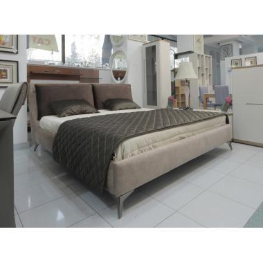 Кровать в комплекте с сеткой  (180*200)