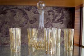 Графин со стаканами